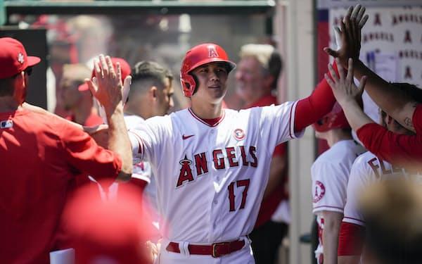 大谷は4日、31号本塁打を放ち、日本選手のシーズン最多本塁打記録に並んだ=AP
