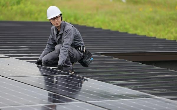 デンカシンキは企業向けの太陽光パネルの設置で全国進出する