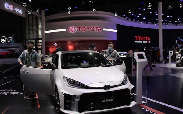 トヨタ自動車の6月の中国新車販売は15カ月ぶりに前年実績を下回った(上海国際自動車ショーの展示)