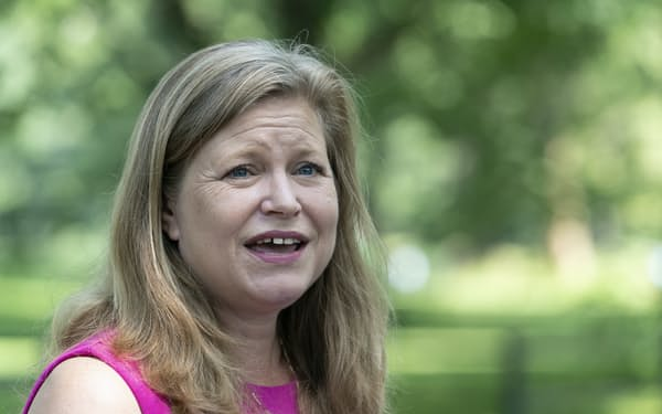 米ニューヨーク市長選の民主党予備選で、2位候補のキャサリン・ガルシア氏は7日、敗北宣言を行った=AP