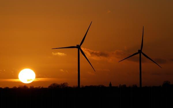再生可能エネルギーなどへの投資家の関心は高い=ロイター