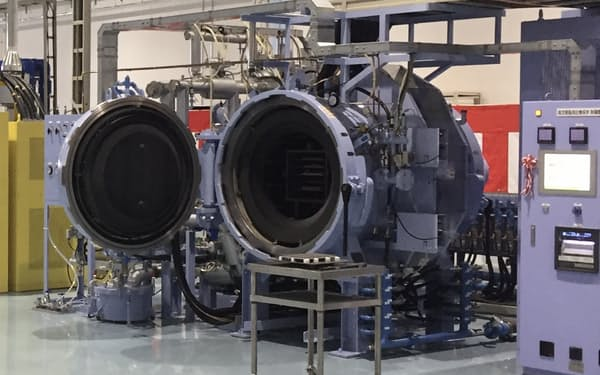 アテクトが導入したPIMの焼結炉(滋賀県東近江市の本社工場)