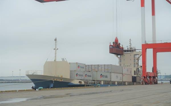 常陸那珂港区では新たなコンテナ航路が7月から開設され、利用拡大が期待される(7日)