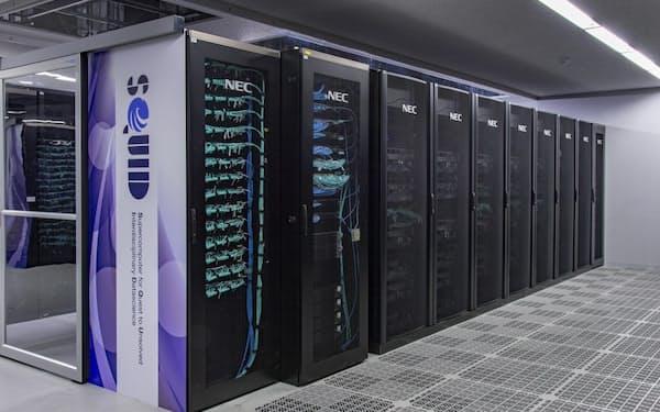 NECが構築した阪大のスパコンに、スーパーマイクロが液冷式のサーバーを納入した