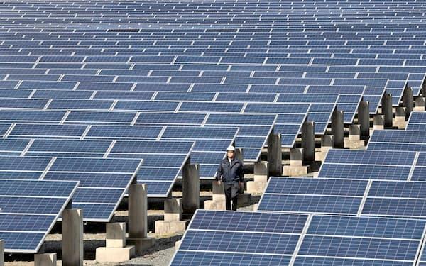 福岡県は太陽光パネルを効率的に回収する仕組みを開発した(福岡県内の太陽光発電所)