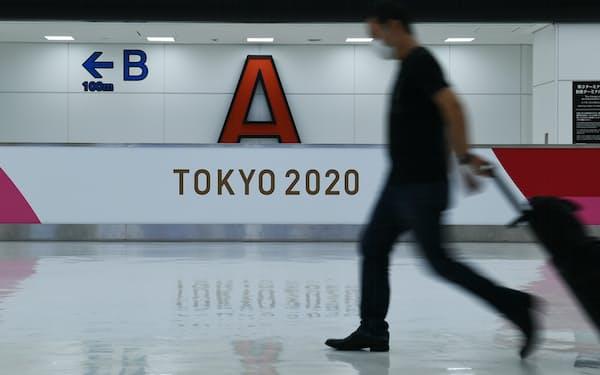 成田空港第2ターミナルの国際線到着ロビー(6月)