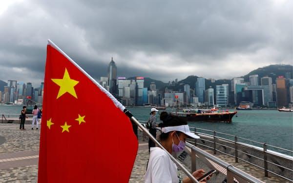 中国の影響力が強まり、香港民主派が瓦解している(1日)=ロイター