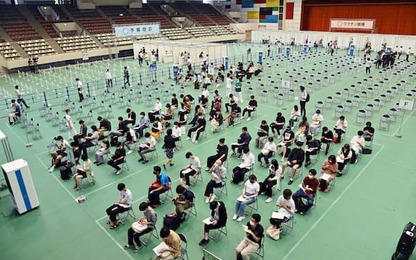 近畿大学は6月21日から学内接種を始めた(大阪府東大阪市)