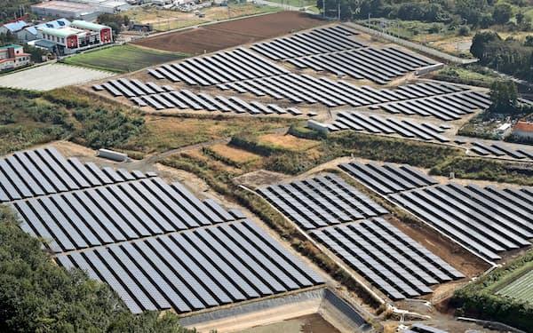 太陽光パネルの設置に適した平地は減っている(写真は熊本県)