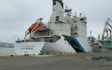 ニッポン造船業復活の夢 水素の運搬技術、一日の長