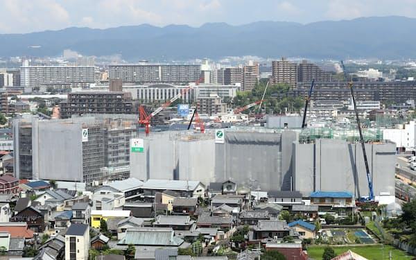 建設が進む吹田SST(大阪府吹田市)