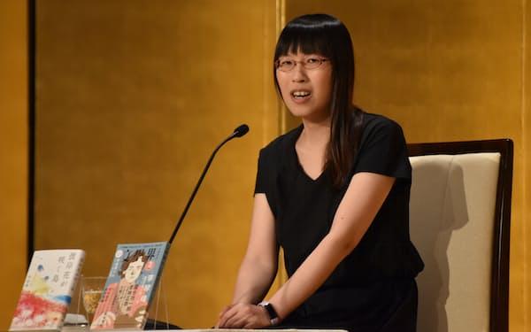 「カテゴライズに抵抗するのが自分の通底したテーマ」と語る李琴峰さん