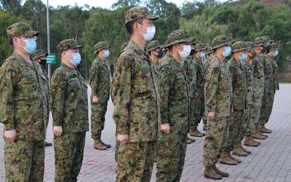 米英豪軍との共同訓練に臨む陸上自衛隊員(11日、オーストラリア北東部)=陸自提供