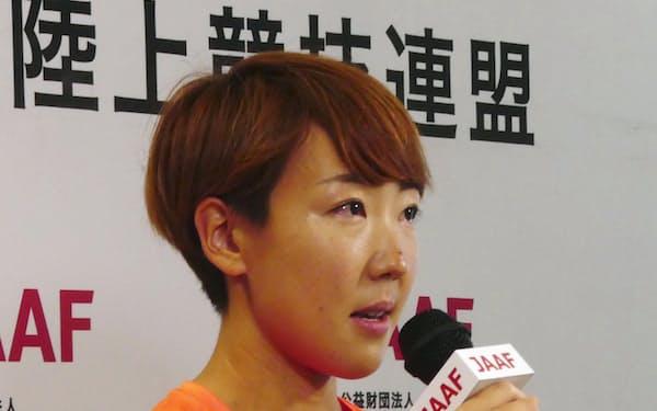 オンラインで行われた陸上東京五輪代表の結団式で、発言する女子100メートル障害の寺田明日香(15日)=日本陸上競技連盟提供・共同