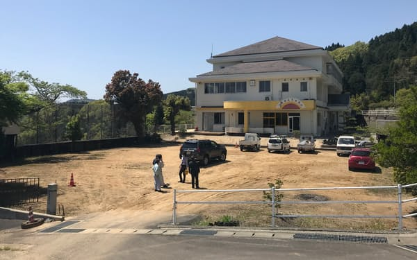 徳島県三好市の廃校で実証実験を行う