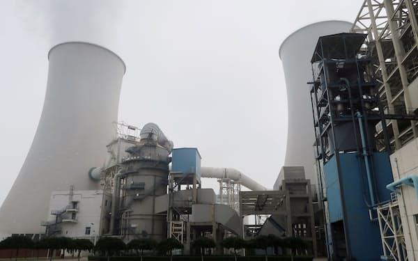 中国はCO2排出量が多い石炭発電に電力供給を頼る=ロイター