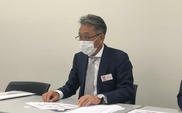 ラキールの久保努社長(16日、東京証券取引所)