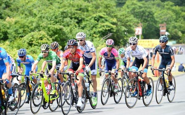 静岡県ではロードレースなど自転車競技が開かれる(写真はイメージ)