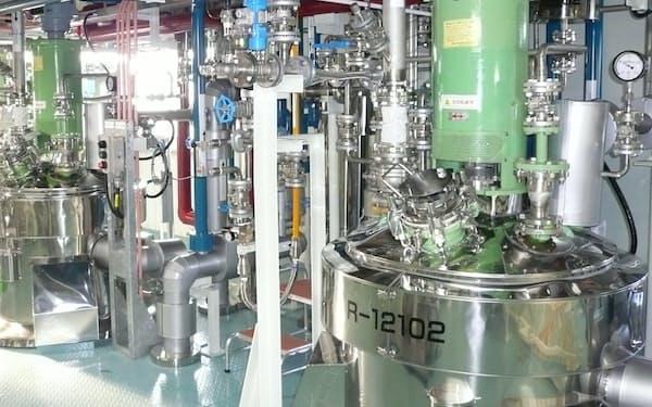 大阪有機化学の半導体材料生産設備