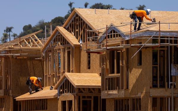 米カリフォルニア州の住宅建設現場=ロイター