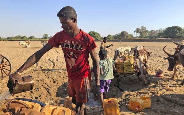 マダガスカルでは厳しい干ばつが続いている=AP