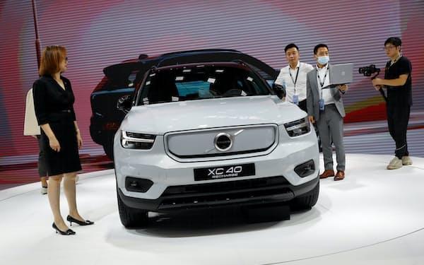 ボルボ・カーの中国販売は全体の25%を占める(写真は上海国際自動車ショー)=ロイター