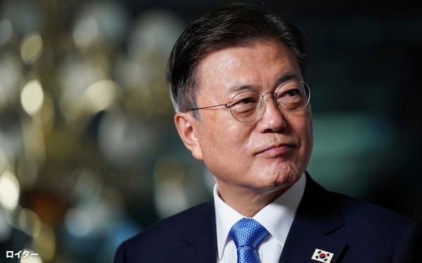 韓国の文在寅大統領は東京五輪に合わせた日本訪問にこだわってきたが、かなわなかった=ロイター