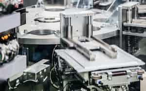車載のリチウムイオン電池の素材などが高騰している(写真はエンビジョンAESCグループの米国工場)