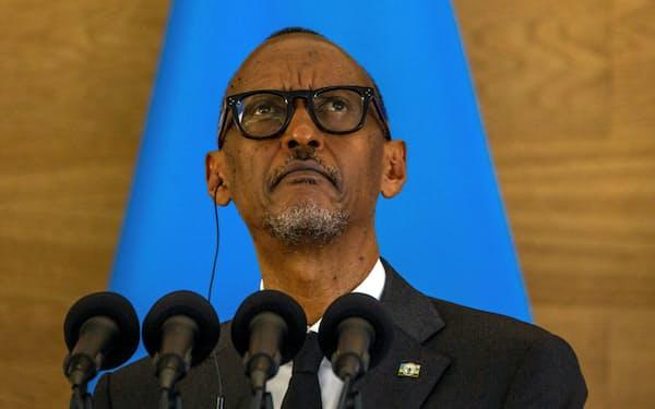 カガメ大統領率いるルワンダ政府が政敵の監視にイスラエル製スパイウエアを使っていた疑惑が浮上した=ロイター