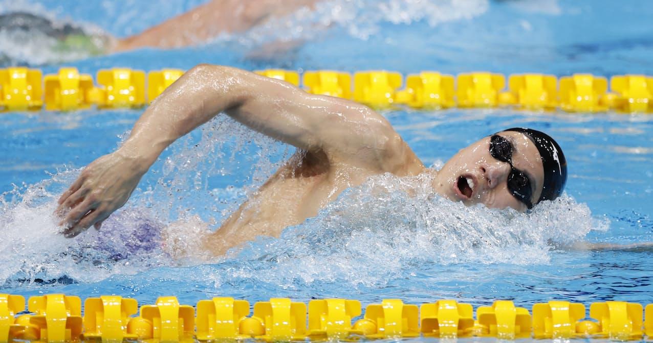 男子200メートル自由形予選に出場した松元=共同