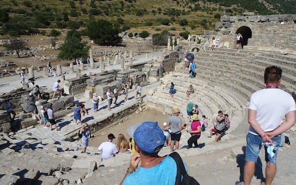 観光客が戻ったトルコ西部エフェス(7月)