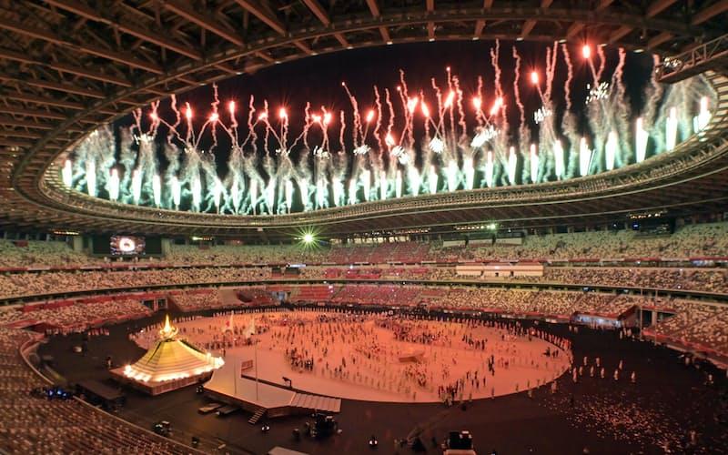 東京五輪の開会式(23日夜、東京都新宿区の国立競技場)