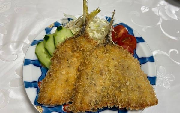 釣りアジを素材に使う松川屋旅館のアジフライ