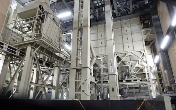 2018年に深川市に新設した工場。将来は本社機能を移転する計画