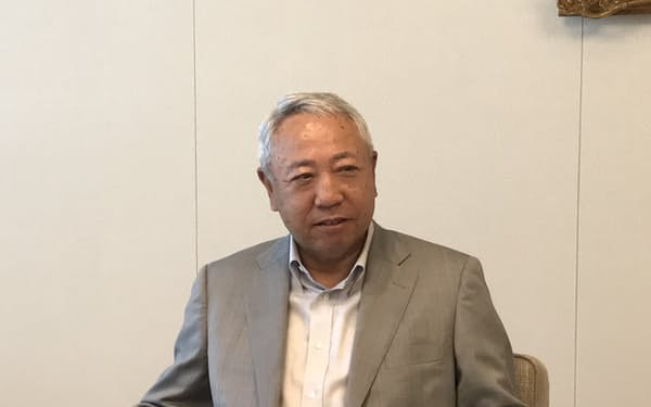 レンゴーの長谷川一郎副社長