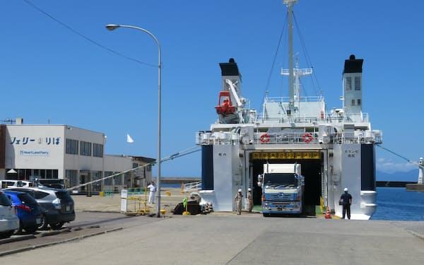 北海道八雲町は、奥尻島との旅客船の航路誘致をめざす(現在発着している江差港)
