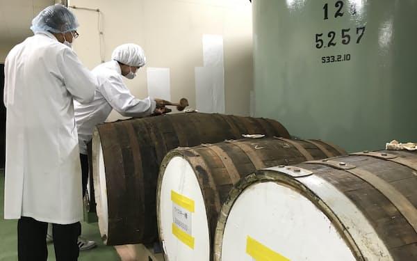 3種類のウイスキー樽で熟成した