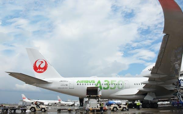 JALは8月に追加減便を実施する