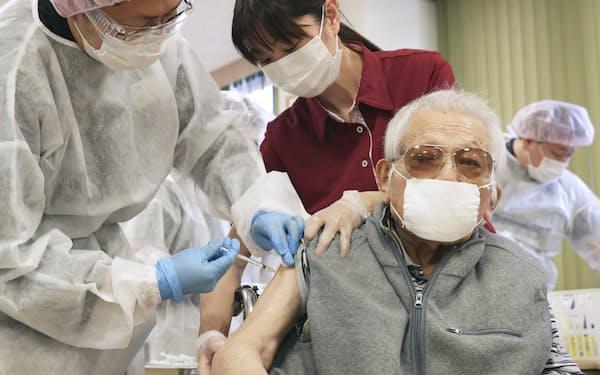 新型コロナウイルスのワクチン接種