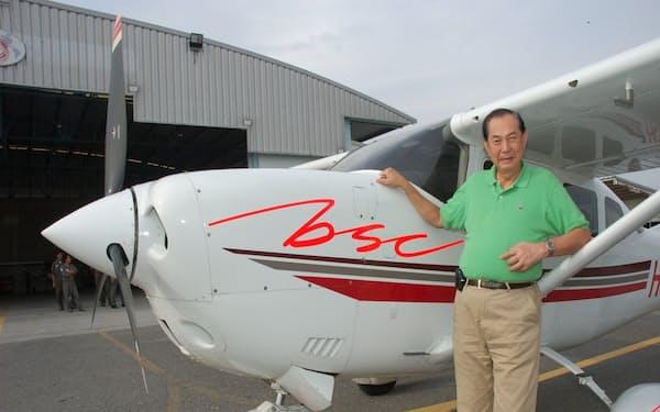 78歳で免許を返上するまで小型飛行機の操縦かんを握っていた