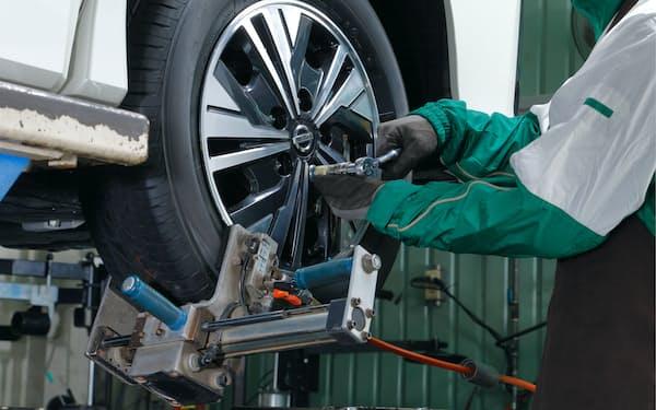 ブリヂストンはタイヤの点検の定額サービスを展開する