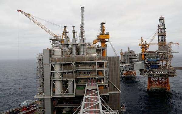 ノルウェーの海上油田=ロイター