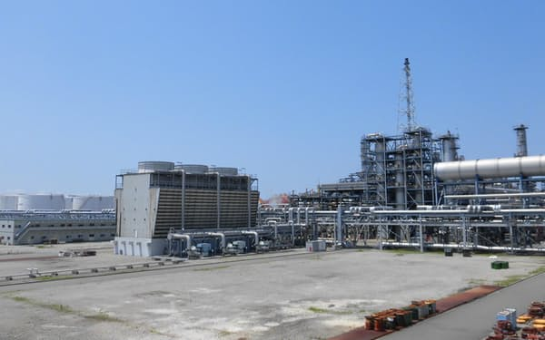 SAFの商用プラントはコスモ石油堺製油所内に建設する(堺市)