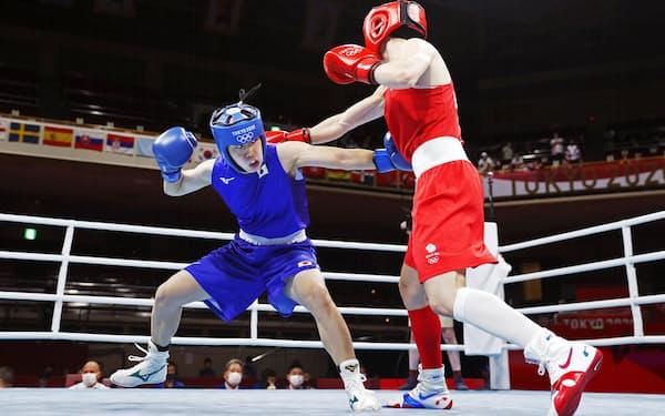ボクシング女子フェザー級では入江聖奈が金メダルを狙う=共同