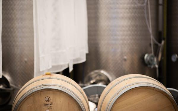 「ワカゼ」はパリ近郊に醸造所を立ち上げた