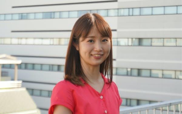 ANRI(東京・渋谷)で投資業務を担当する江原ニーナ氏は「投資を通じてより良い社会をつくりたい」と話す