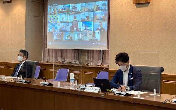 財務省は3日、全国の財務局長会議をオンラインで開催した(東京・霞が関の財務省)