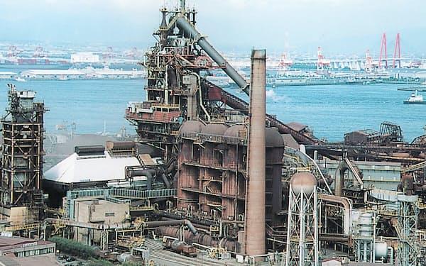 製造業向けに鋼材需要が回復している(日本製鉄の名古屋製鉄所)