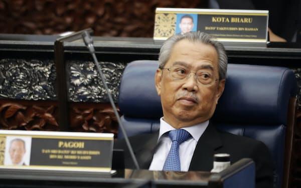 ムヒディン首相への辞任要求は日増しに強まっている=AP