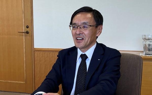 NTTコムウェアの黒岩真人社長は「外部企業向けの売上高は全体の3割まで引き上げたい」と話す